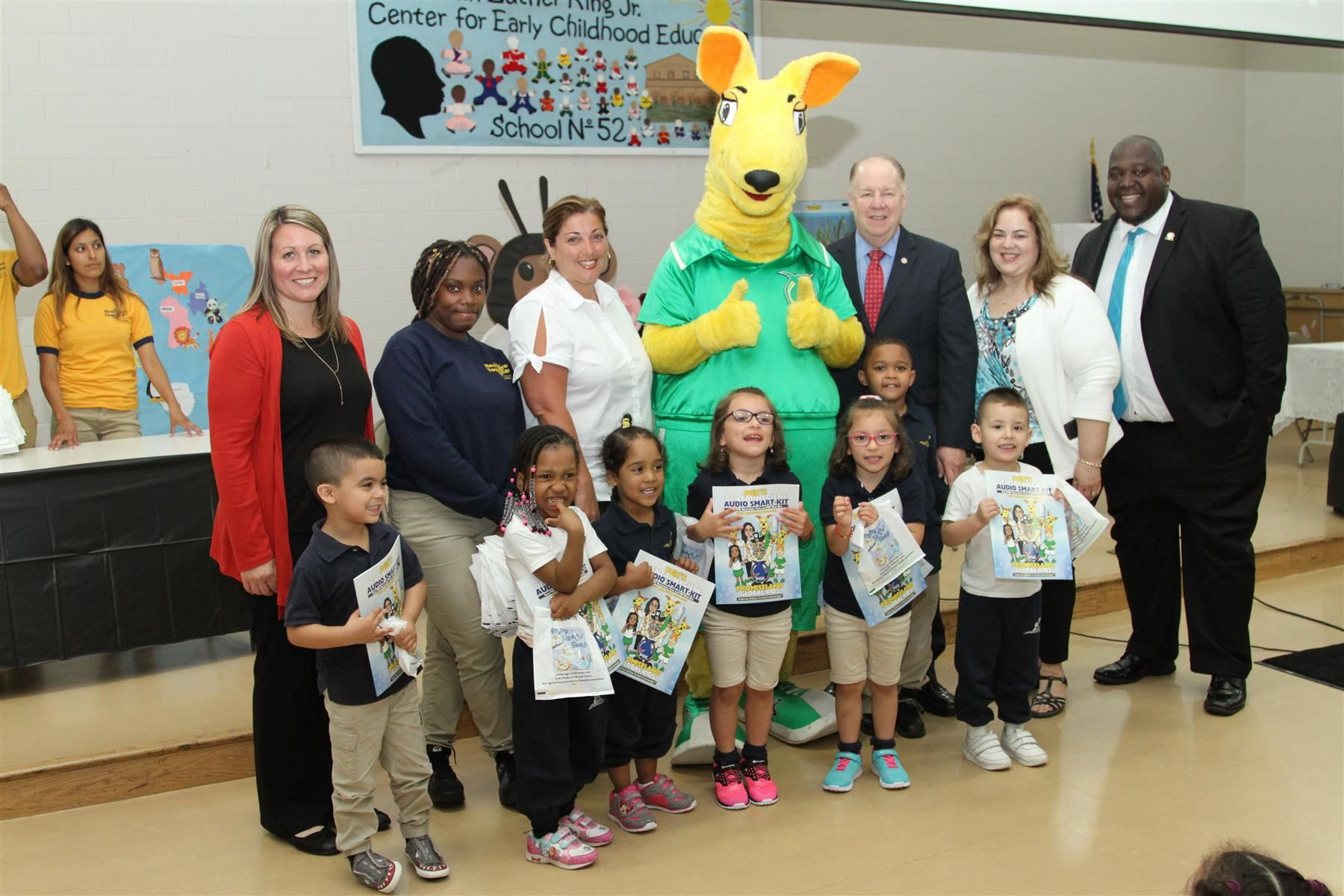 "City Council, Board of Ed Bring PGK'S ""Adopt-A-Program to Read"" to Elizabeth"