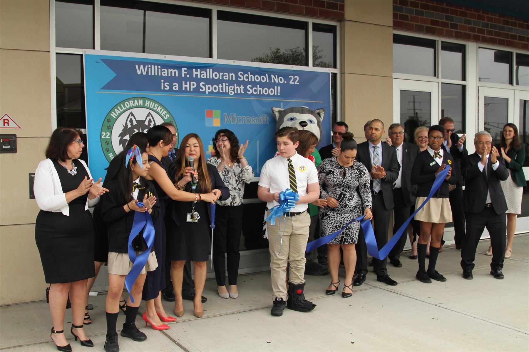 William F. Halloran School No. 22 Recognized as Nation's First HP Spotlight School