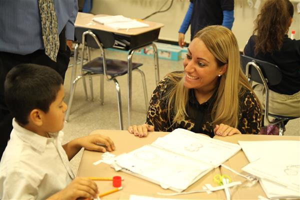 Stephanie Goncalves Visits School No. 13