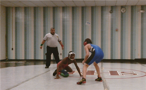 Elizabeth middle school wrestling is off to a hot start